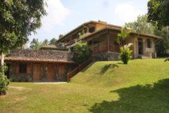 2-2Garden side of villa