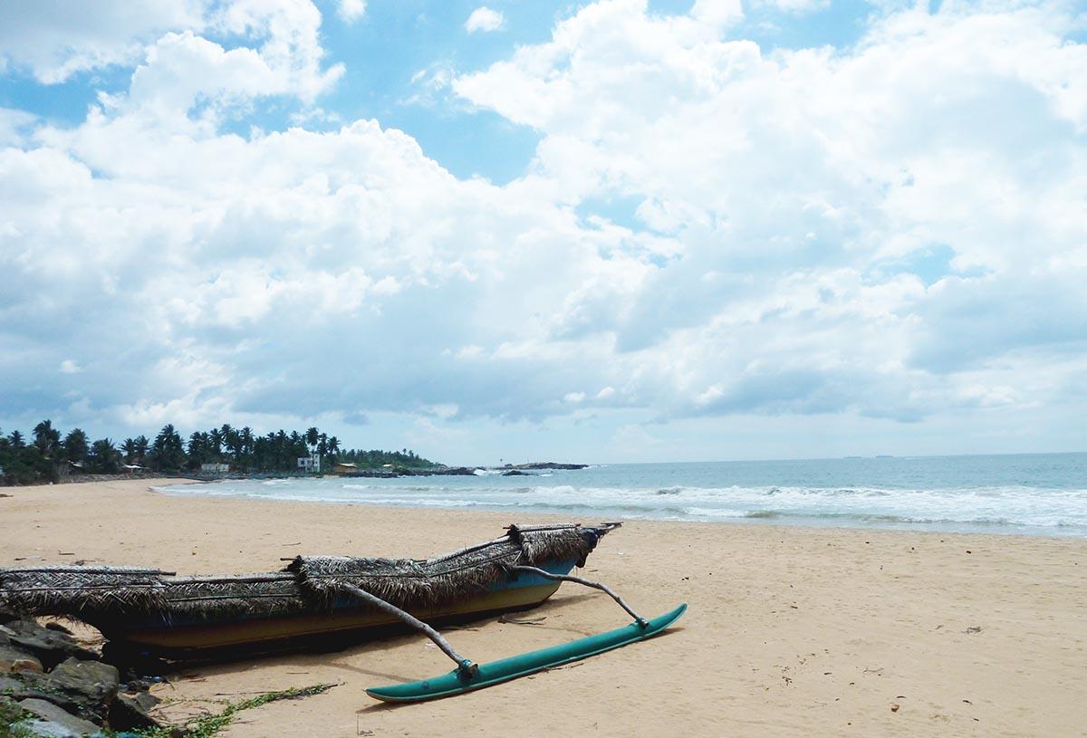 Beachfront land in Hikkaduwa