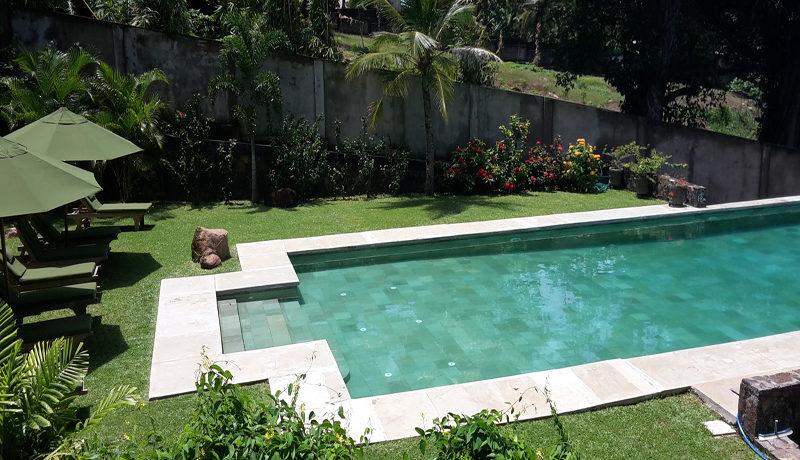 Pool area 9