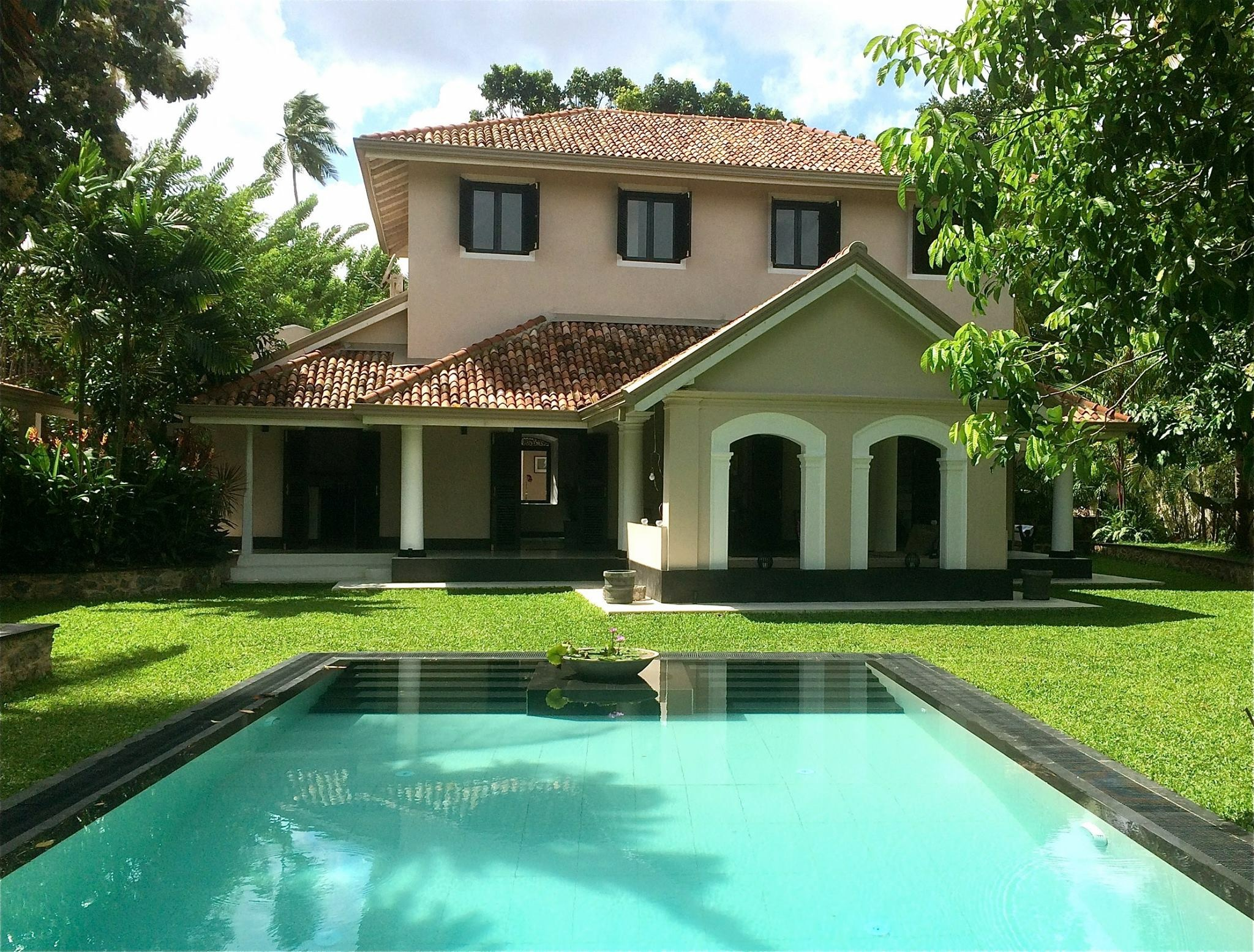 Magnificent restored and renovated antique villa