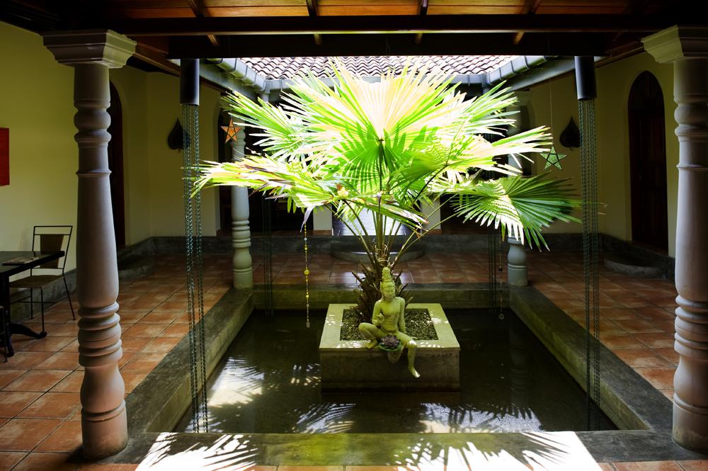 A Tropical haven, yoga retreat / hotel