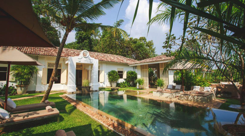 Boutique colonial villa with river frontage