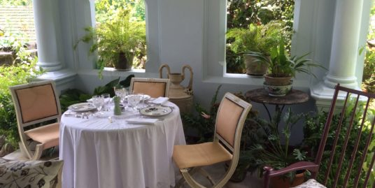 Galle town 4 bedroomed villa with charm