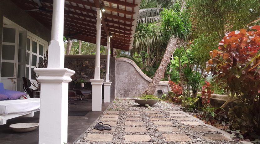 Gate House 10