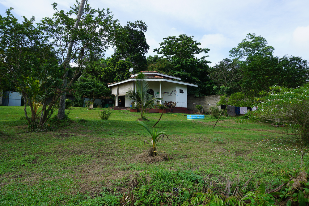 A delightful property with paddy views