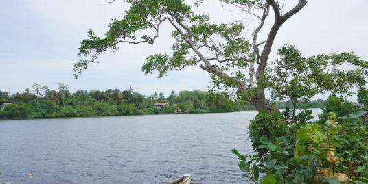 Koggala Lake bare land