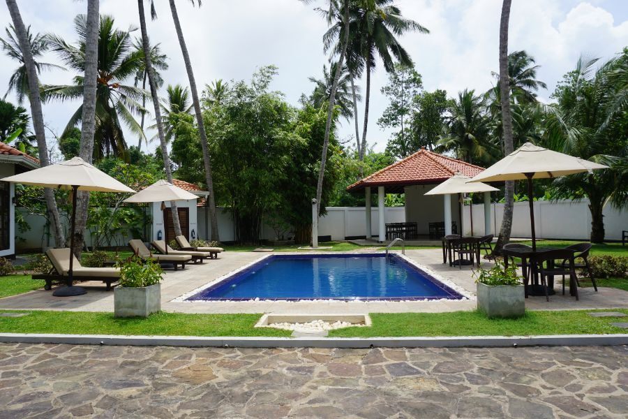 Well operating guest house in the heart of Unawatuna