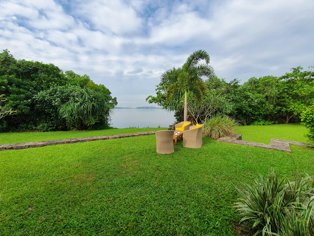 Boutique guest house on the banks of Koggala Lake
