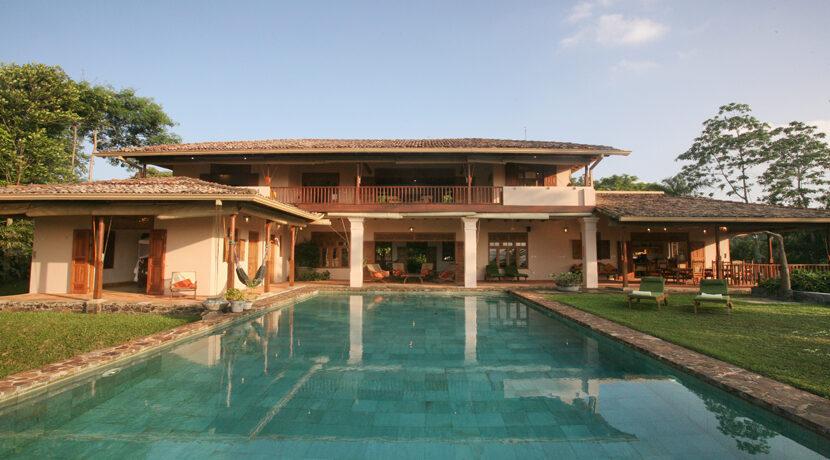 1 a Rear of villa