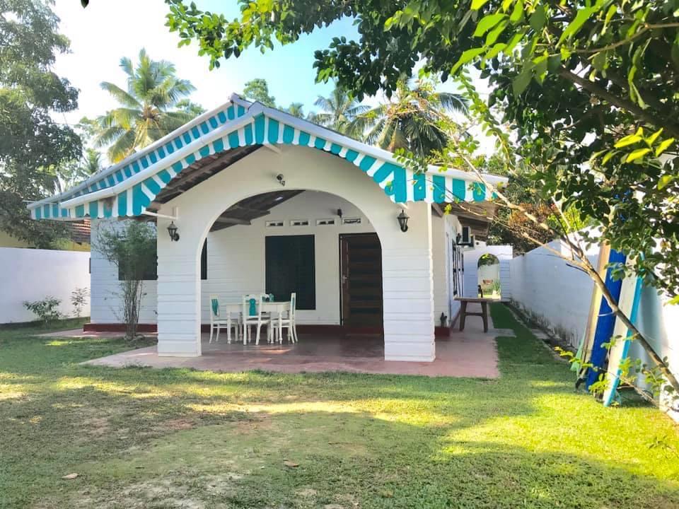5-Bedroom Family Home in Unawatuna