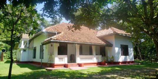 Ahangama well-presented deco style house for sale