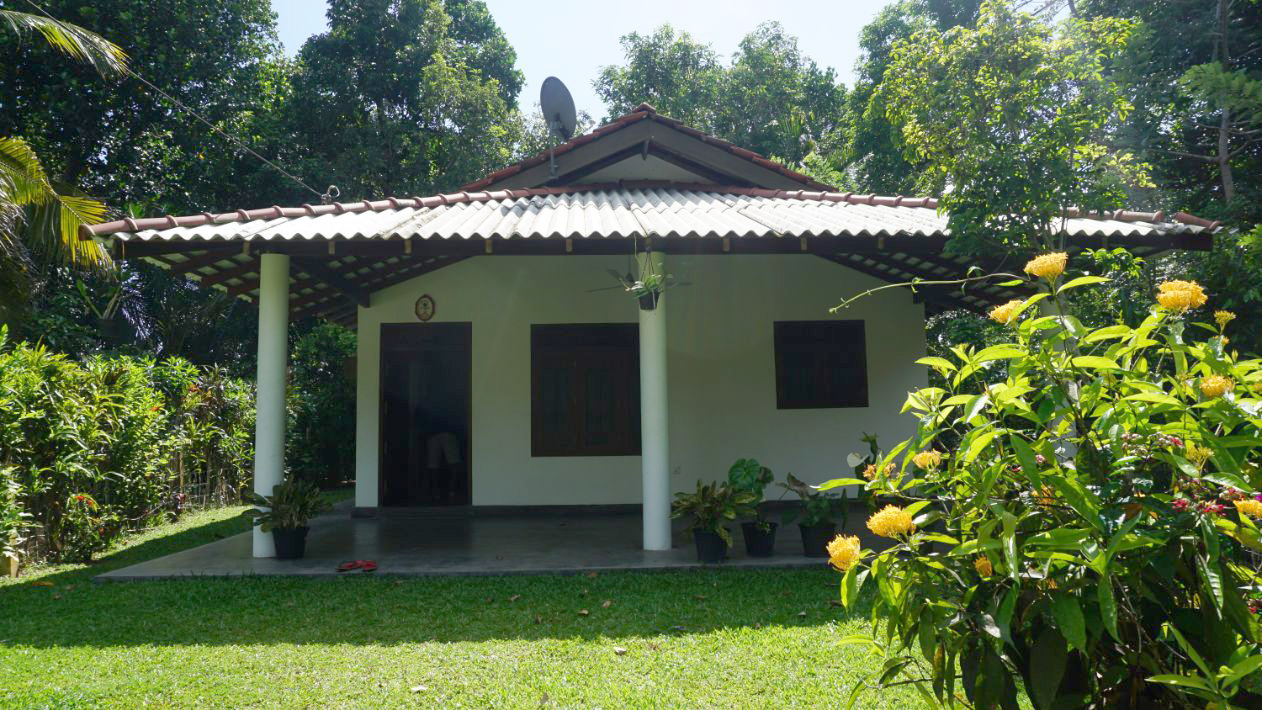 House for Sale in Talpe, 600m to the Galle Road.