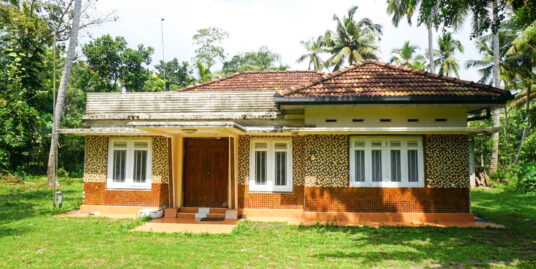 Deco style house with Paddy views