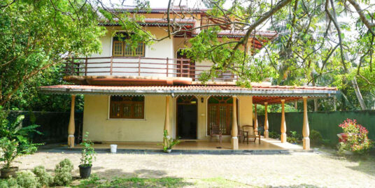 Talpe 6-bedroom unfurnished house for rent (long term)