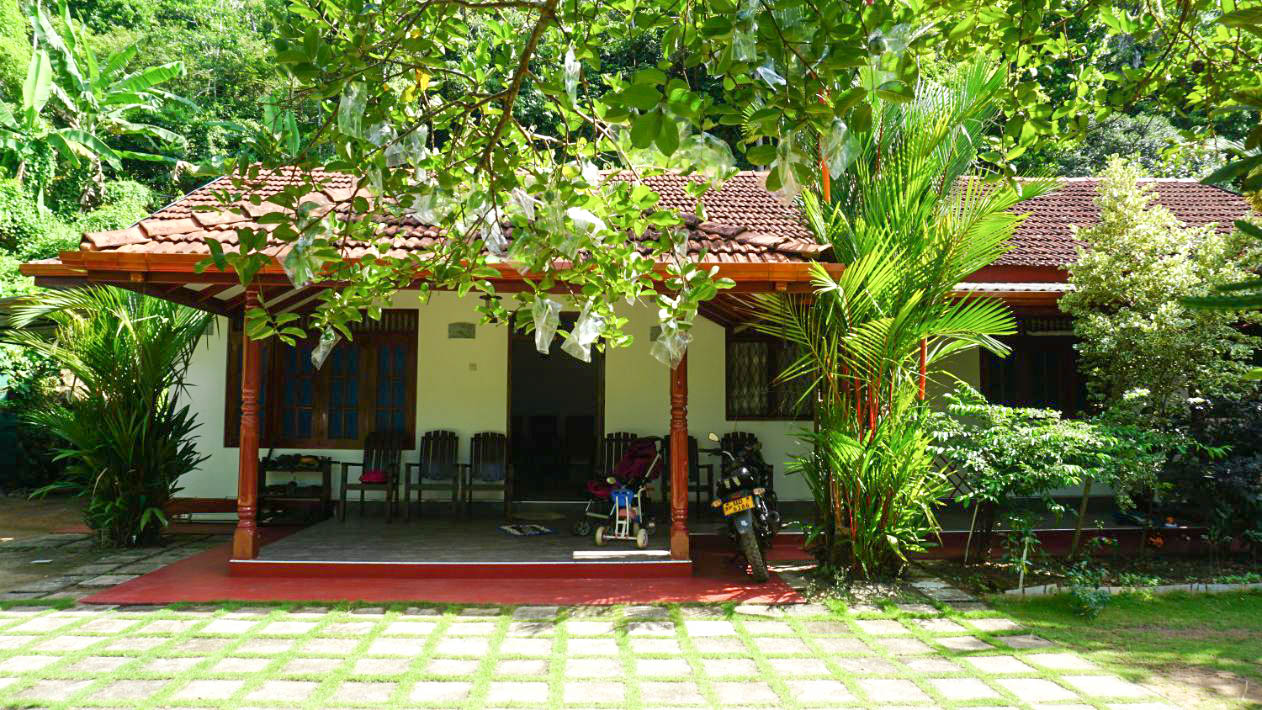 Weligama well-presented family home
