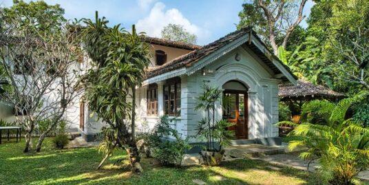 Beautiful Colonial Character Villa